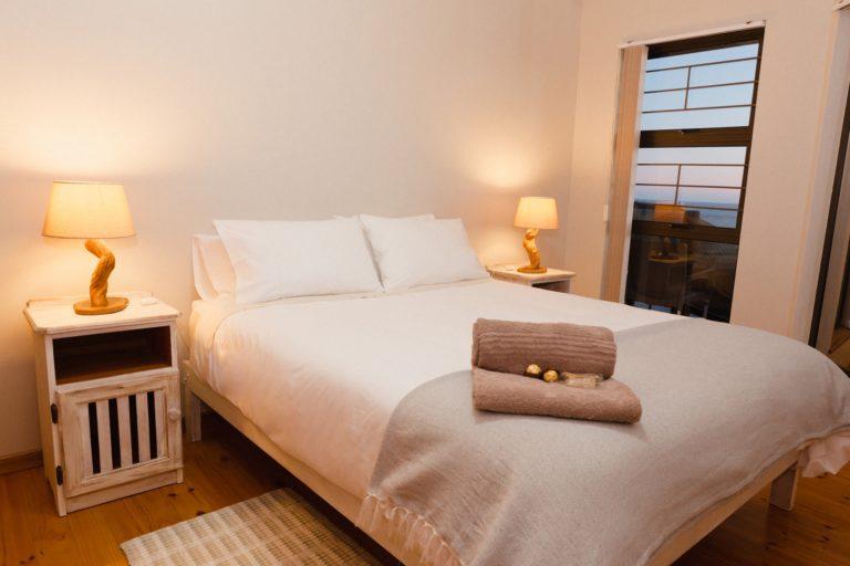 Master Bedroom, beach apartment. Queen bed